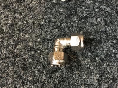 Ringverbinder 90° Winkel Durchmesser 8/8mm